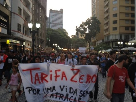 tn_658_645_Protesto_Tarifa_Curitiba_1