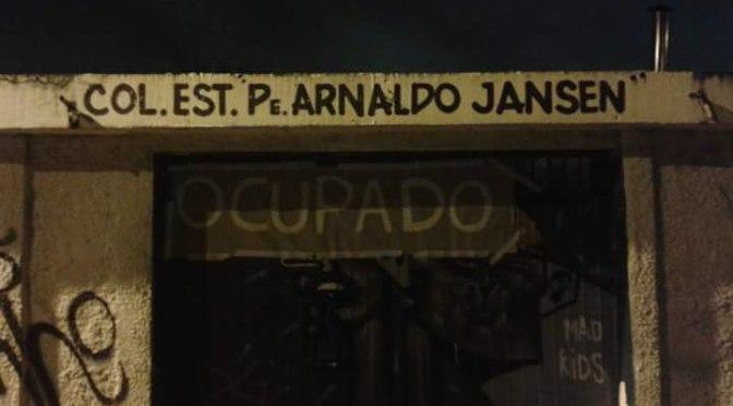 Todo apoio à ocupação do Colégio Estadual Pe. Arnaldo Jansen!